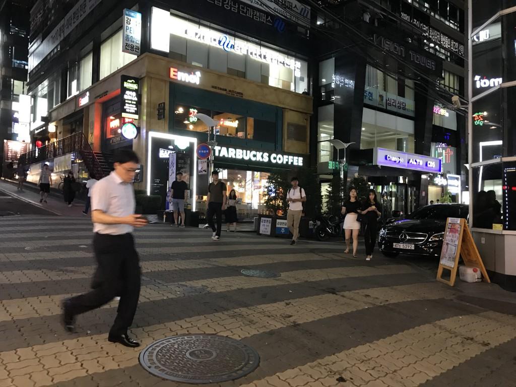 ソウル(江南)のカイン(MIRROR SXX SHOW)体験談7